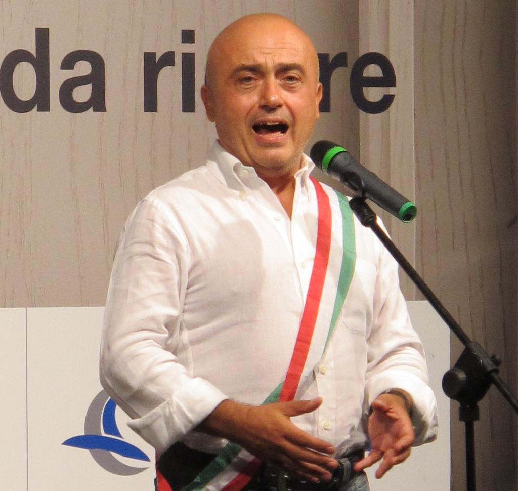 Paolo_Cevoli_-_Assessore_Palmiro_Cangini_(08-09-2012)
